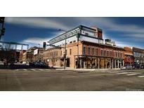 View 2101 Larimer St # 401 Denver CO