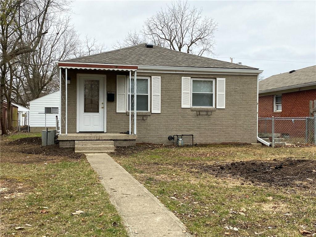 Photo one of 350 S Webster Ave Indianapolis IN 46219 | MLS 21759504