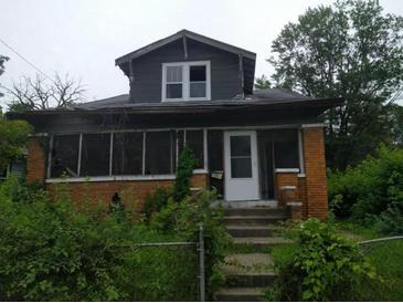 Photo one of 2709 N Olney St Indianapolis IN 46218 | MLS 21663241