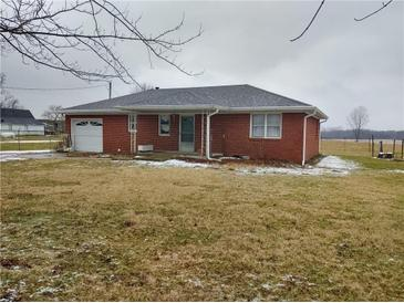 Photo one of 7686 S County Road 525 Mooresville IN 46158   MLS 21694162