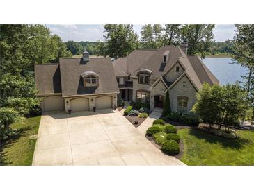 Photo one of 5865 W Carr Hill Rd Columbus IN 47201 | MLS 21694550
