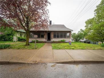 Photo one of 510 N Main St Martinsville IN 46151 | MLS 21751344