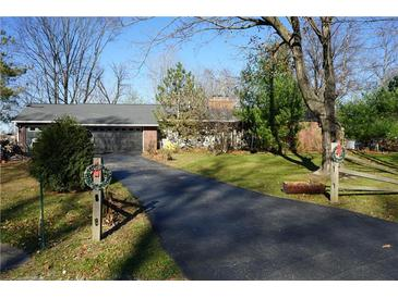 Photo one of 6884 Hillcrest Dr Plainfield IN 46168 | MLS 21751351
