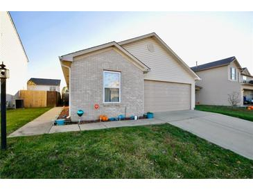 Photo one of 649 Blue Meadow Dr Greenwood IN 46143 | MLS 21752043