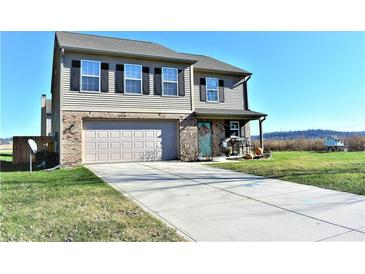 Photo one of 1421 Miami Ln Martinsville IN 46151 | MLS 21752209