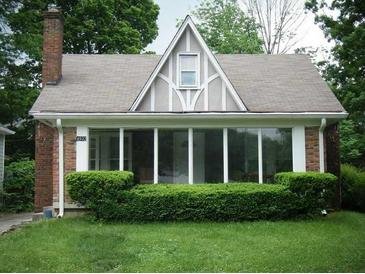 Photo one of 4932 N Kenwood Ave Indianapolis IN 46208 | MLS 21752234