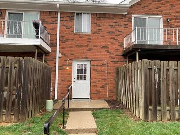 Photo one of 910 Park Central S Dr Dr # D Indianapolis IN 46260 | MLS 21754759