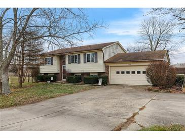 Photo one of 2308 S Miller Ave Shelbyville IN 46176 | MLS 21758504