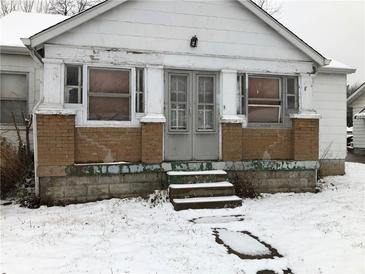 Photo one of 310 Barton Ave Indianapolis IN 46241 | MLS 21759035