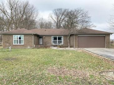 Photo one of 1762 Country Lane Dr Greenfield IN 46140 | MLS 21759311
