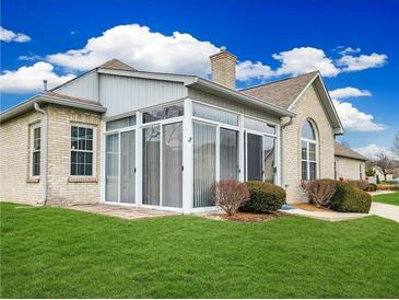 Photo one of 5941 Quail Run Dr Indianapolis IN 46237 | MLS 21759514