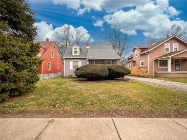 Photo one of 3621 N Tacoma Ave Indianapolis IN 46218 | MLS 21760032