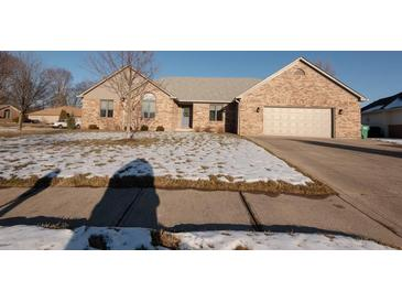 Photo one of 549 Hall Dr Greenwood IN 46142 | MLS 21762551