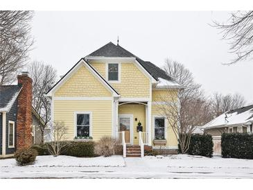 Photo one of 245 N Main St Zionsville IN 46077 | MLS 21762774