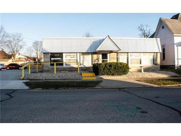 Photo one of 518-522 Dunn Ave Shelbyville IN 46176 | MLS 21762779