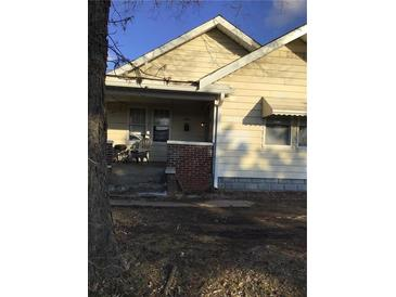 Photo one of 703 N Sherman Dr Indianapolis IN 46201   MLS 21763405
