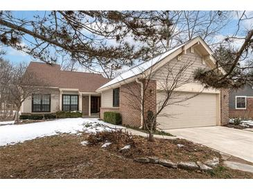 Photo one of 5270 Windridge Dr # 186 Indianapolis IN 46226 | MLS 21765327