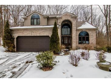 Photo one of 604 N Hickory Hills Dr Columbus IN 47201 | MLS 21767710