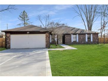 Photo one of 510 Nelson Dr Brownsburg IN 46112 | MLS 21769029