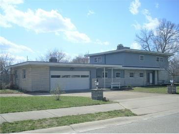 Photo one of 1313 E Buchanan St Plainfield IN 46168 | MLS 21769178