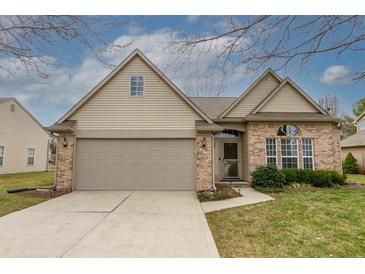 Photo one of 7366 Cinnamon Dr Indianapolis IN 46237 | MLS 21770687