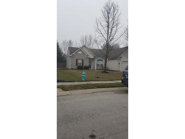 Photo one of 6472 Glenwood Trace Zionsville IN 46077   MLS 21771560
