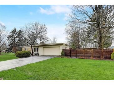 Photo one of 7300 Holliday Dr W Indianapolis IN 46260 | MLS 21771938