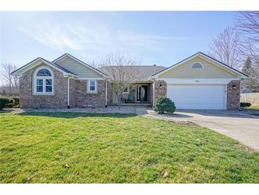Photo one of 959 W 500 Greenfield IN 46140 | MLS 21773128