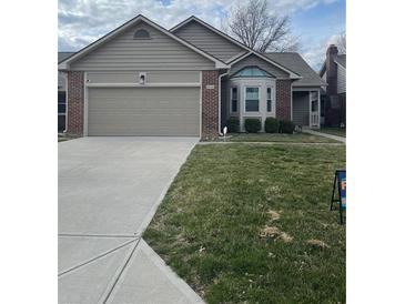 Photo one of 6936 Steinmeier Drive Indianapolis IN 46220 | MLS 21773760