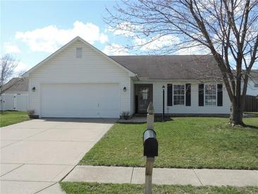 Photo one of 19369 Pathway Pointe Noblesville IN 46060 | MLS 21774230