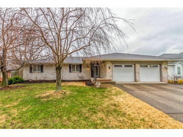 Photo one of 1935 Culbertson Rd Shelbyville IN 46176 | MLS 21774459