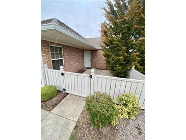 Photo one of 7417-A Chapel Villas Ln Indianapolis IN 46214 | MLS 21774809