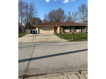 Photo one of 8411 Royal Meadow Dr Indianapolis IN 46217 | MLS 21774936
