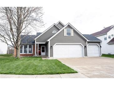 Photo one of 9934 Redmond Ct Indianapolis IN 46236 | MLS 21775189