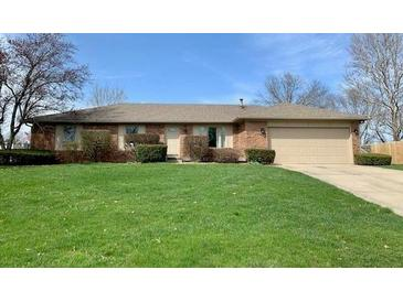 Photo one of 810 Padre Ln Greenwood IN 46143   MLS 21775680
