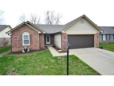 Photo one of 7142 Oldham Dr Indianapolis IN 46221   MLS 21776405