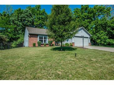 Photo one of 3908 Owster Ln Indianapolis IN 46237   MLS 21777169