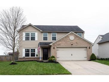 Photo one of 722 Bluff Creek Dr Fortville IN 46040 | MLS 21778335