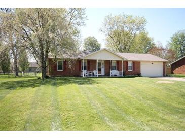 Photo one of 5459 E Broadmore Dr Columbus IN 47201 | MLS 21781714