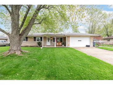 Photo one of 1007 E Logan St Brownsburg IN 46112 | MLS 21781748