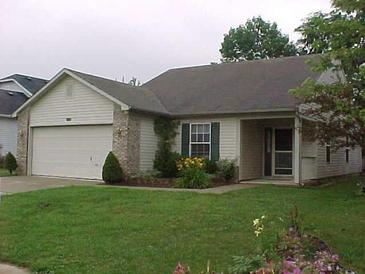 Photo one of 8437 Country Club Blvd Indianapolis IN 46234 | MLS 21781808