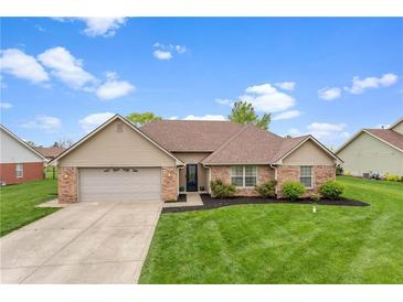 Photo one of 4902 W Stonehaven Ln New Palestine IN 46163 | MLS 21782029