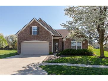 Photo one of 919 Nature Lake Cir Brownsburg IN 46112 | MLS 21782036
