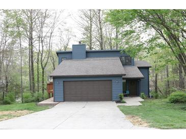 Photo one of 9101 W Evergreen Dr Columbus IN 47201 | MLS 21782098