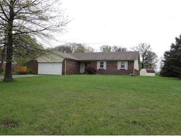Photo one of 6819 W Colonial Dr Greenfield IN 46140 | MLS 21782154