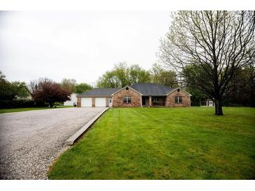 Photo one of 8741 S County Road 575 E Mooresville IN 46158 | MLS 21782321