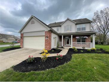 Photo one of 554 Farley Dr Indianapolis IN 46214 | MLS 21782431