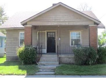 Photo one of 205 S Madison Ave Anderson IN 46016 | MLS 21782624