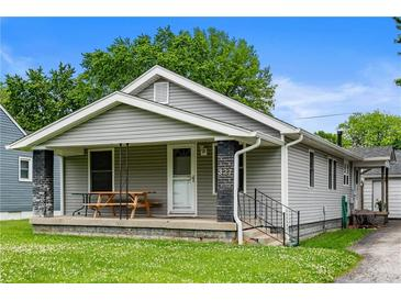 Photo one of 327 N 20Th Ave Beech Grove IN 46107 | MLS 21789377