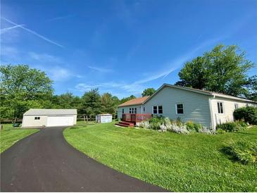Photo one of 2110 N 500 W Bargersville IN 46106 | MLS 21789437
